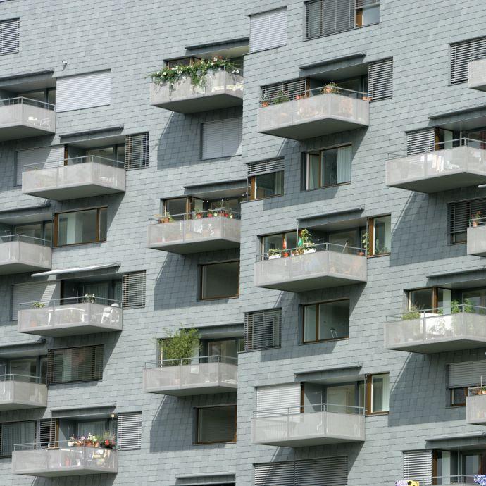 Wohnbebauung in Waagerechter Deckung von Rathscheck Schiefer