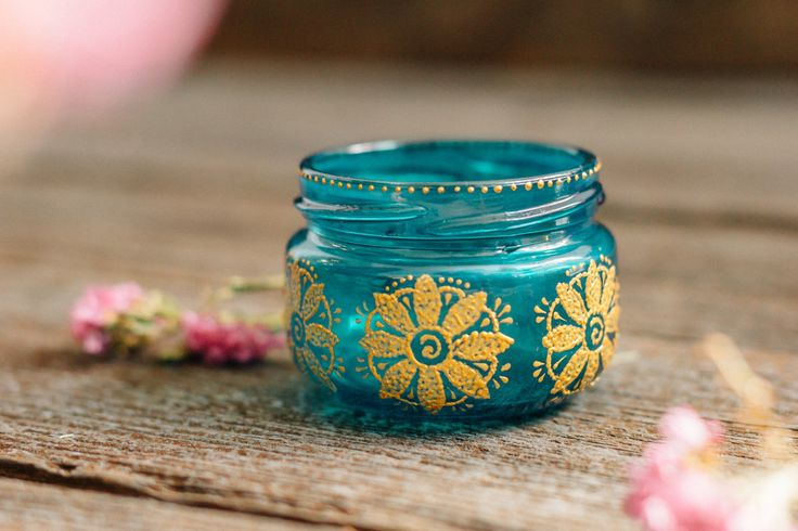 Do bohemian weddings make you feel inspired? Do you enjoy colorful eclectic settings, moroccan style accents, bright table centerpieces and little details? Would you ever choose a boho, gypsy or henna wedding or a private event?  If your answer is yes, then these painted colorful jar lanterns are made for you. Our painted jar lanterns, jar candleholders and jar vases will make your private event unforgettable. The atmosphere of the boho party starts with the bright colorful table centerpiece…