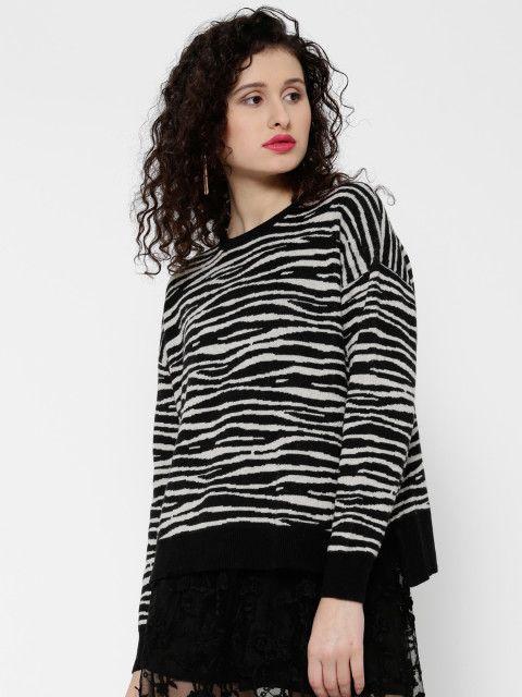 d90b5376cea0 Buy MANGO Women Black   Off White Animal Pattern Sweater - Sweaters for  Women