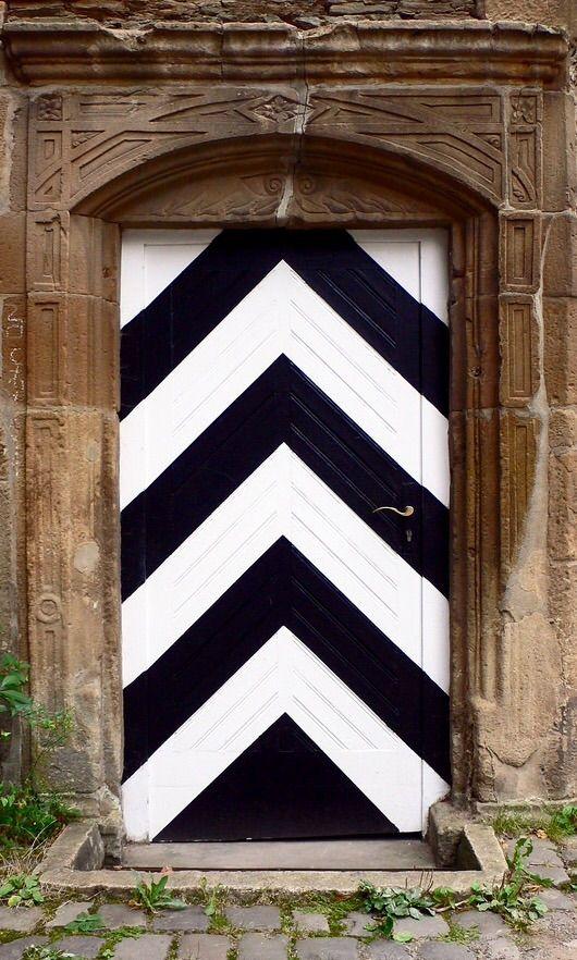 17 best images about antique front doors on pinterest for Front door quilt pattern