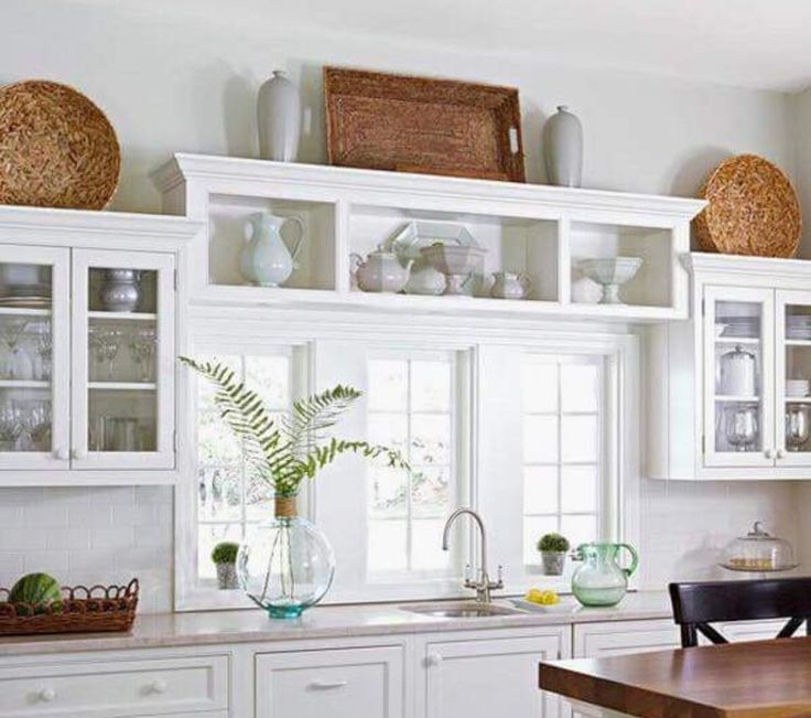 Space Above Kitchen Cabinets: Best 25+ Above Cabinets Ideas On Pinterest