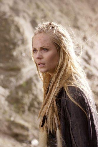 Still of Laura Vandervoort in Smallville (2001)