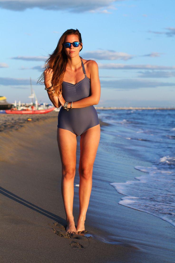 #fashion #fashionista @Irene Hoffman Colzi Costume da bagno intero fashion blogger bikini irene colzi occhiali specchio