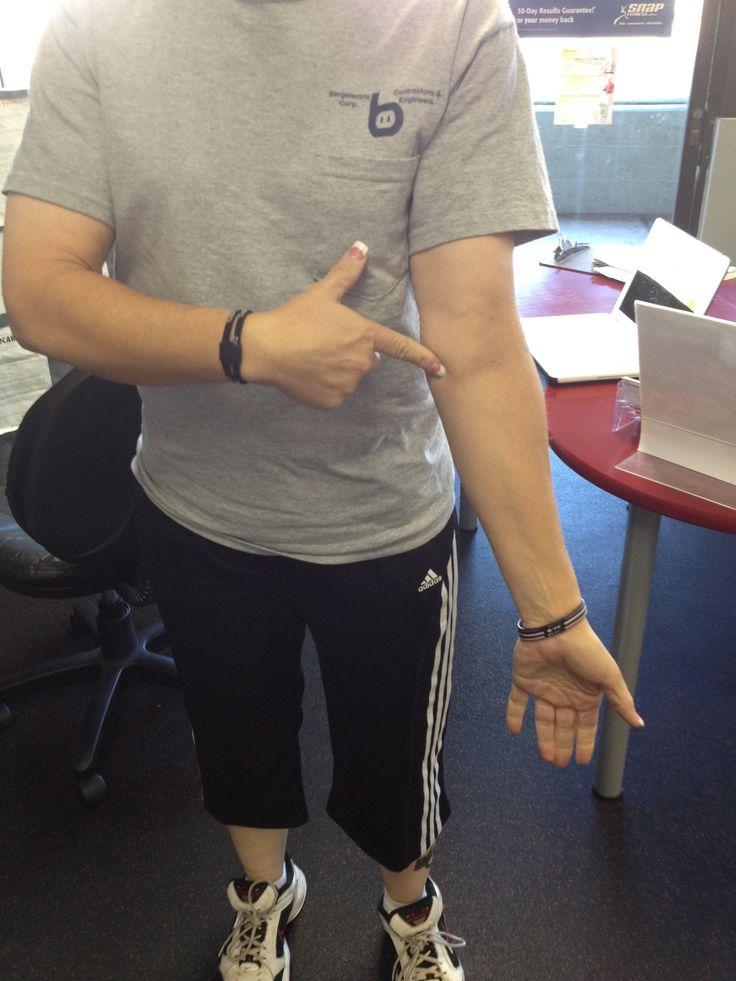 Golfer's elbow/Tennis elbow - Very thorough description of Tennis elbow, review of anatomy, treatment, research, etc.