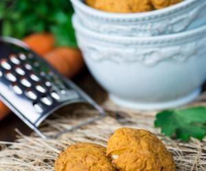 Mrkvové cukroví - Zdravé mlsání - Fitrecepty.info - Pojďte s námi zdravě jíst a být fit!