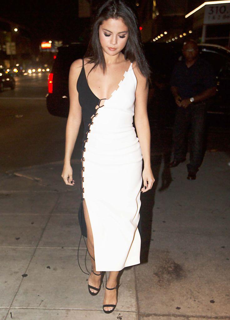1000  ideas about Selena Gomez White Dress on Pinterest   Selena ...