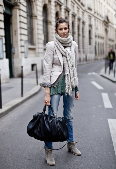 : Winter Layered, Casual Style, Ankle Boots, Winter Looks, Big Scarves, Big Bags, Chunky Scarves, Fall Street Style, Chunky Knits