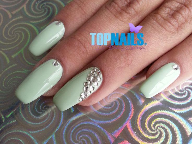 Uñas Acrílicas con esmalte tradicional y cristales.(Acrylic Nails with traditional enamel and crystals  Hazte Fans o Me Gusta  en https://www.facebook.com/topnails.cl   www.topnails.cl ☎94243426, saludos Beatriz