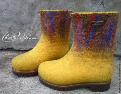 """Обувь ручной работы. Заказать Валяные детские ботинки """"Солей """". Маш Папян. Ярмарка Мастеров. Валяные ботинки"""