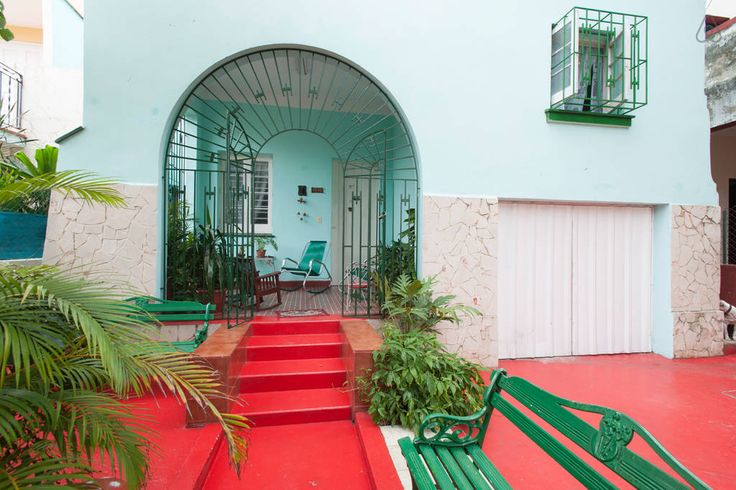 Casa Guevara Alba B&B Miramar Cuba - Get $25 credit with Airbnb if you sign up with this link http://www.airbnb.com/c/groberts22