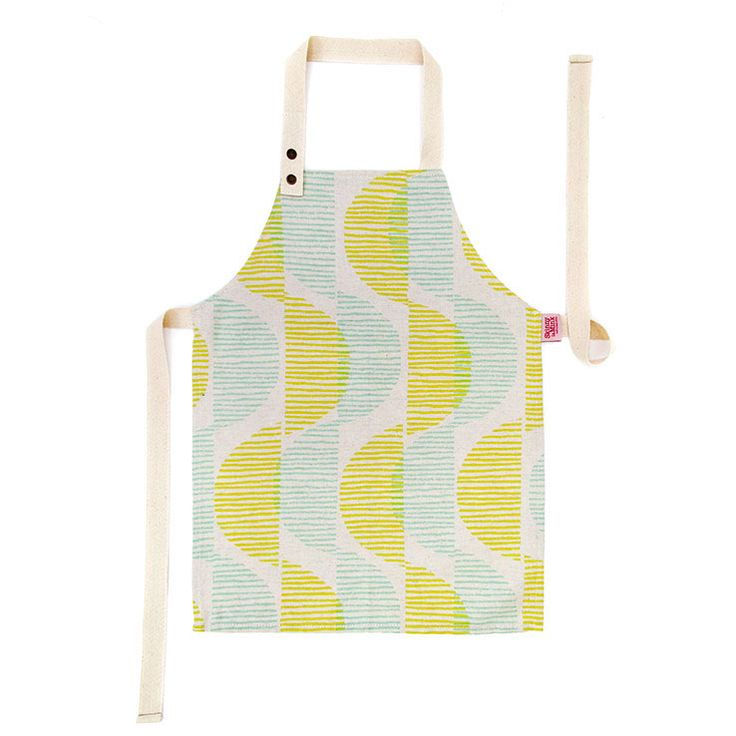 This cute little apron will keep kids (mostly) clean while they're helping in the kitchen, busy at the easel, or making mud pies! The aprons have back ties, and an adjustable neckpiece that closes with one of two press studs, making it size-adjustable for kids from 3-7 years.