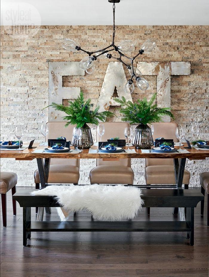 pared ladrillo, comedor moderno, mesa rectangular de madera, lámpara de araña, pared de ladrillo decorativo, EAT