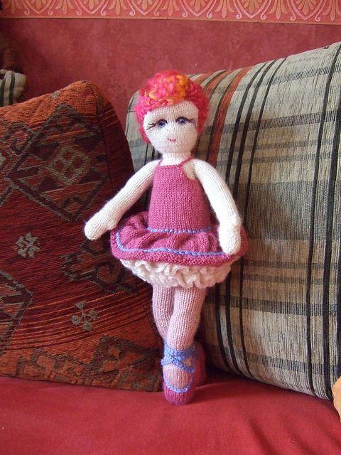 Ballerina Girl KAL- ballerina by Sylkre- pattern by Irishmagda for prawelewe {www.prawelewe.pl}