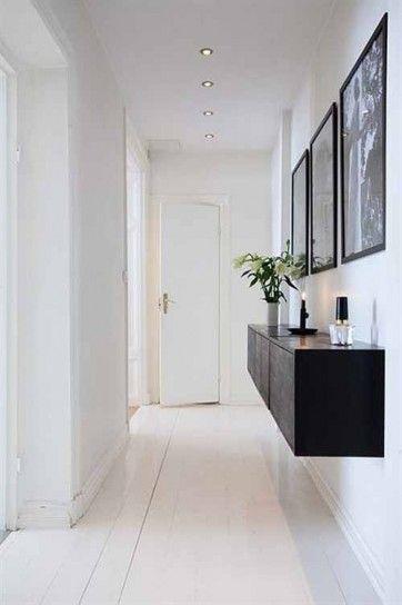 Illuminazione con faretti a incasso - Idee per illuminare il corridoio con stile ed eleganza.