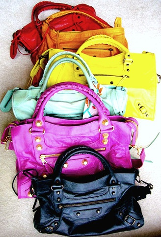 Balenciaga... One of my favorite bags in existence... only I prefer black, grey, neon yellow, and teal or turquoise!