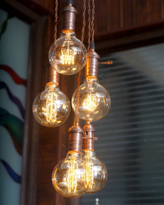 Item Code : MNCW35 Pretty Industrial vintage edison bulbs chandelier fixture. A very interesting industrial vintage edison ceiling lights. perfect