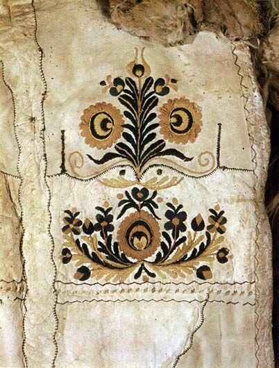 15-11-11  Detatil of a suba (sheepskin cloak)   Kisújszállás, Szolnok County   Budapest, Ethnographical Museum   Károly Szelényi