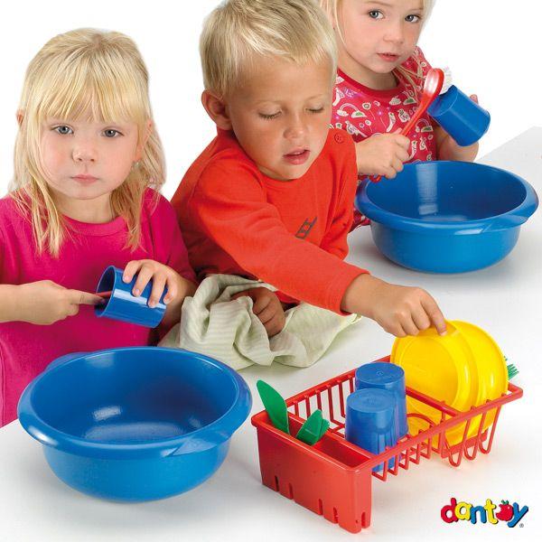 Conjunto lavavajillas - 6 servicios - caja DANTOY - Ref. 016946 Conjunto lavavajillas para 6 servicios compuesto de 36 piezas. Medidas: 39 cm