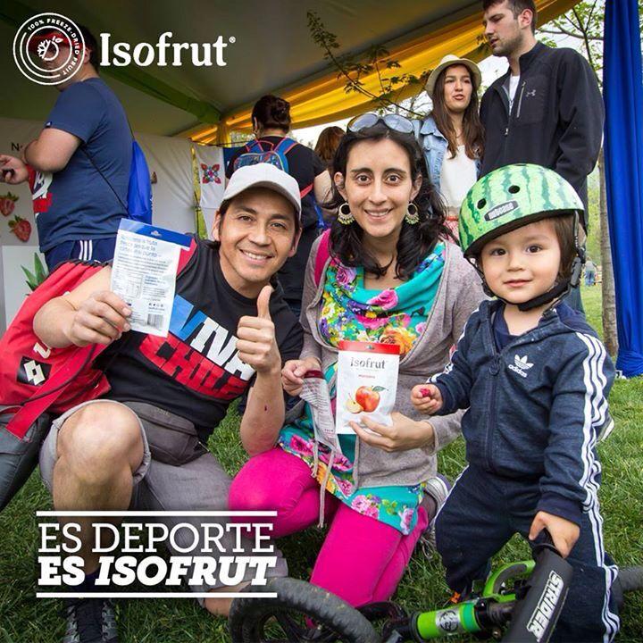 ¡Los mini deportistas también nos prefieren! Aprovechen este domingo para salir a disfrutar y hacer deporte.   ¡No se olviden de su #Isofrut favorito para que tengan esa energía natural que necesitan!