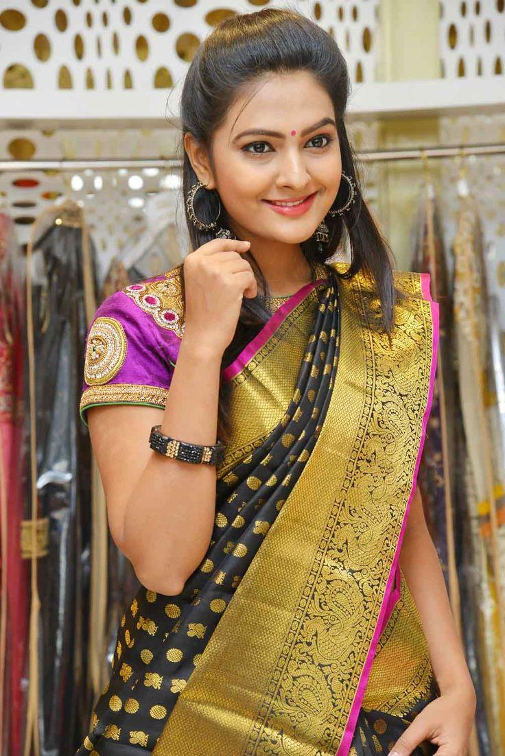 Neha Deshpande Stills (8)
