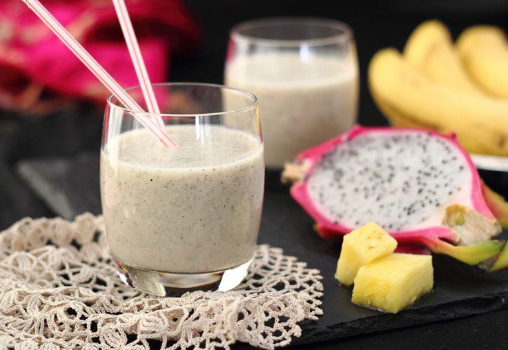 Dragon Fruit, Banana & Pineapple Smoothie | The Kiwi Cook