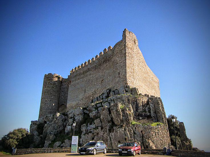 Castillo de Puebla de Alcocer. #Castillos #Castles #ruinas #Ruins #Art #Arte