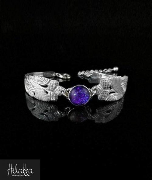 Helakka hopeinen rannekoru lusikoista violetti