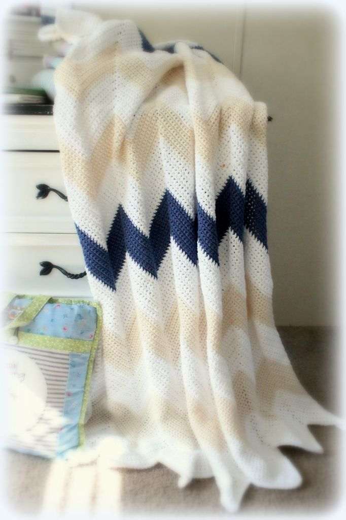 @ the stitch pattern: Chevron blanket - link to free pattern provided and modifications