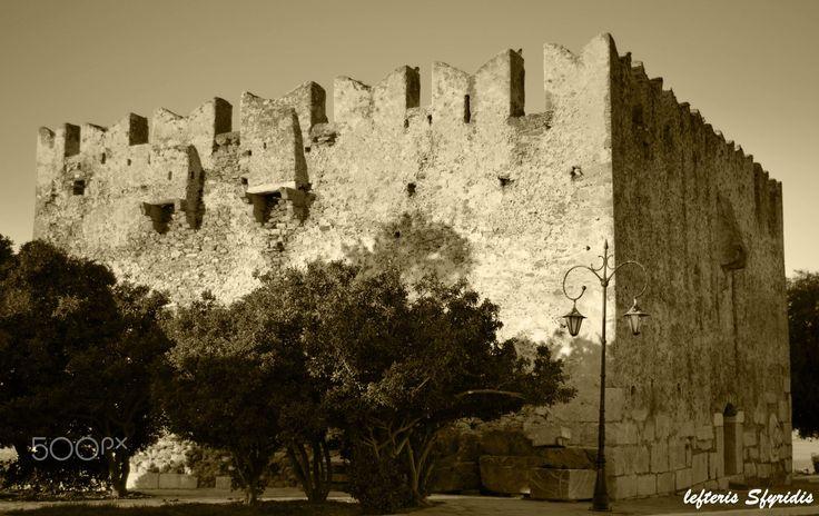 castle karystos - Castle