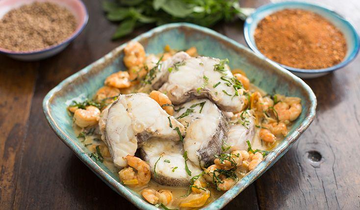 Congrio sobre camarones Thai