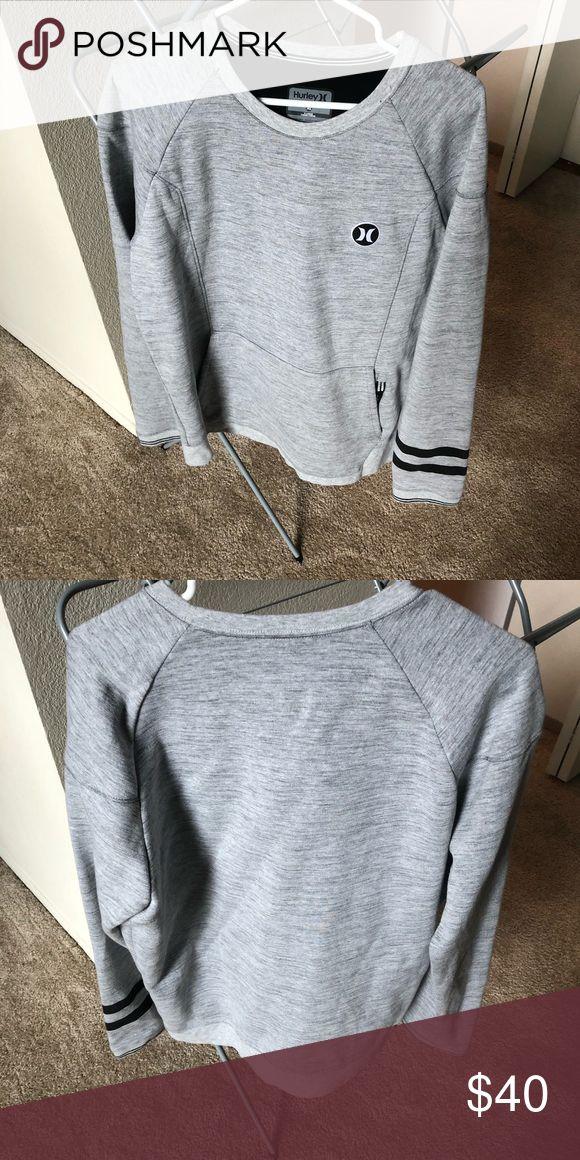 Men's Hurley Phantom Crewneck Size XL Like New Men's Nike ACG Jacket Size XL Sweaters Crewneck