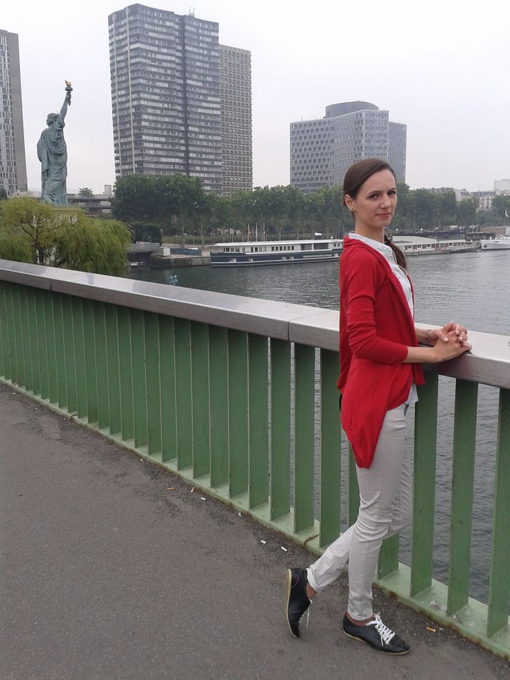 In love in Paris - Red Cardigan, Off-white Pants and Printed Sleeveless Shirt