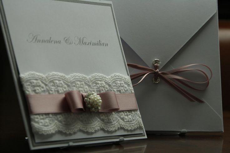 Einladungskarten - Hochzeit Brosche,Spitzenband, Spitze, Vintage - ein Designerstück von EvasCardArt bei DaWanda