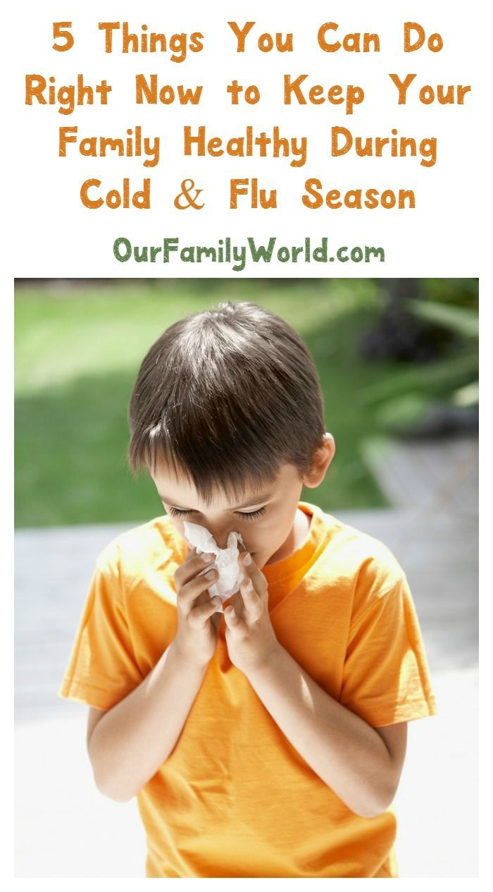 Check out 5 must-know tips for keeping your whole family healthy during cold and flu season, plus see which Vicks humidifier I'm using right now!