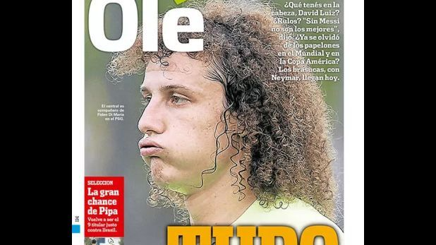 El diario argentino le dedicó hoy su portada al defensor brasileño  David Luiz un dja antes del partido entre Argentina y Brasil por las Eliminatorias Rusia 2018. Noviembre 11, 2015.