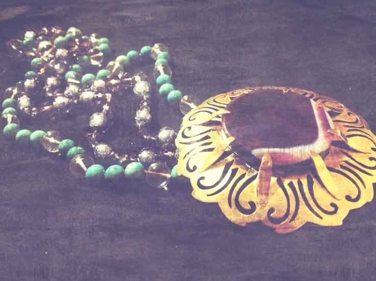 Bronce necklace. Handmade by Johanna Restrepo