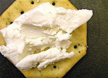 Did you know that fresh goat cheese has about half the fat, cholesterol and calories of commercial cream cheese made from cow`s milk? It has about 60 percent of the fat, cholesterol and calories of cheddar made from cow's milk.