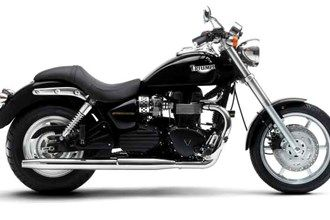 Triumph Speedmaster motorcycle review - Side view