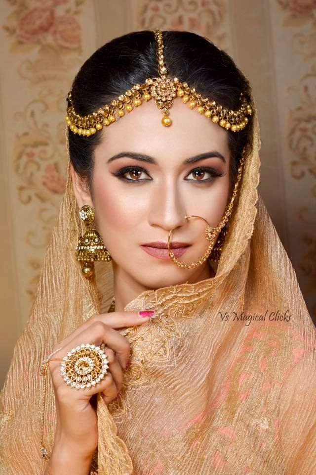 How glamorous yet subtle she look ❤️  For bookings & queries kindly Call on 9041882288.   #chandigarh #Makeup_artist_Chandigarh #makeupartistchandigarh #makeup #artist #Wedding #Bride #Bridal #Ruppashi #Dhiman #ruppashidhiman #fashion #panchkula #mohali #punjab #delhi #work #Beautiful #Indian #Mohali #Amritsar #Jalandhar #Ludhiana