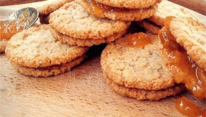 Μπισκότα βρώμης με μέλι και ταχίνι από την Eva-in-tasteland - Τι θα φάμε σημερα - Τα Νέα Οnline
