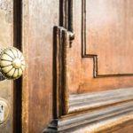 Aufpoliert: Historische Türen in neuem Glanz - http://www.marktindex.ch/aufpoliert-historische-tueren-in-neuem-glanz/