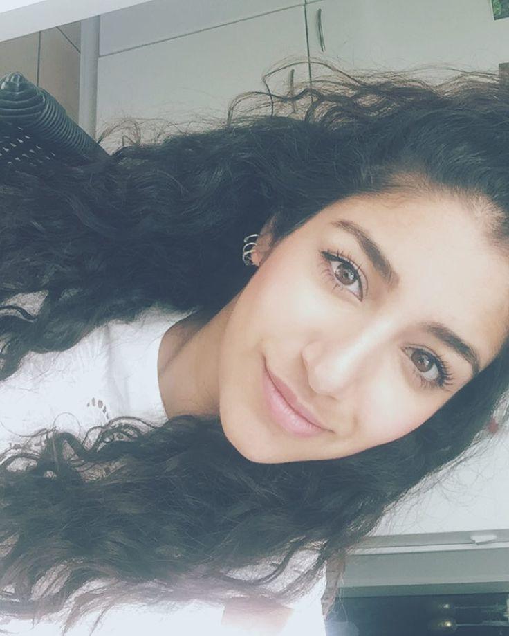 �� #wild #hairstyle #curls #hair #selfie #monday #potd #dailypost #darmstadt #picoftheday #eyebrows #instadaily #instagramers #persian #girls #lion #summer #nights http://ameritrustshield.com/ipost/1540815767247215328/?code=BViE8bXF1rg