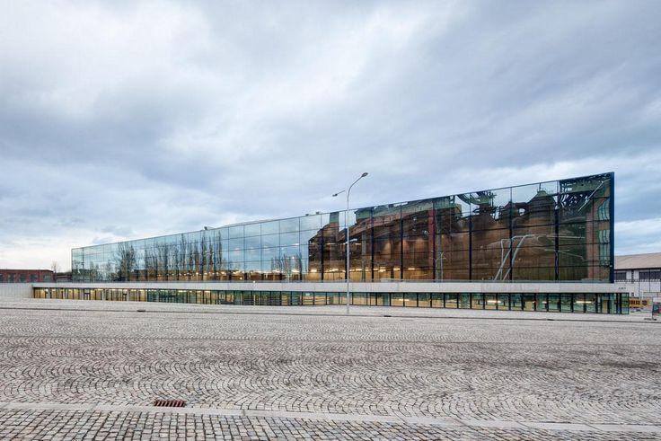 Josef Pleskot - Svět techniky - Science and Technology Centrum v Ostravě - foto exteriéru © Tomáš Souček