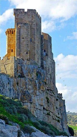 Castello di Roseto Capo Spulico - Calabria - Italia