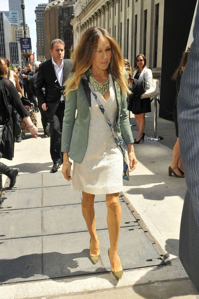 Sarah Jessica Parker Photo - Sarah Jessica Parker Dresses Up in NYC