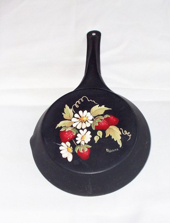 Hey, I found this really awesome Etsy listing at https://www.etsy.com/listing/106419181/vintage-cold-handle-metal-skillet-hand