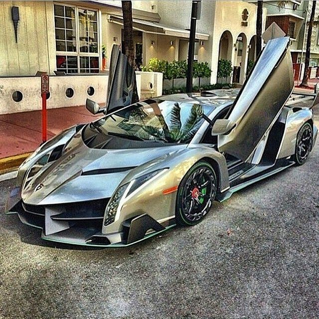 #Lamborghini Veneno