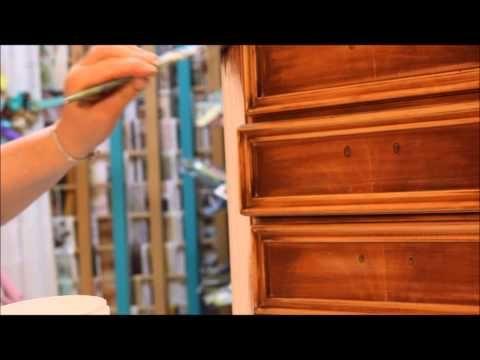DECORARE UN MOBILE SHABBY CON CHALK PAINT FATTA IN CASA - YouTube
