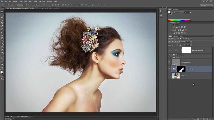 Learn how to retouch skin professionally in Photoshop without making it look fake or blurry. In this Photoshop tutorial, you will learn how to reduce wrinkles and blemishes, airbrush skin naturally, d