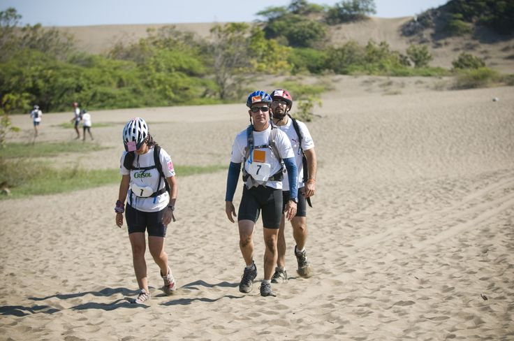 Hiking 8 Km @ Master del Desierto 2008. Playa Salinas in Bani, Provincia Peravia